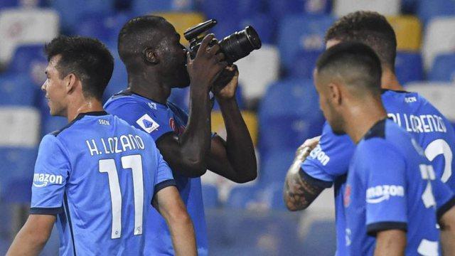 Festoi si 'fotograf i improvizuar' golin ndaj Juventusit, Koulibaly