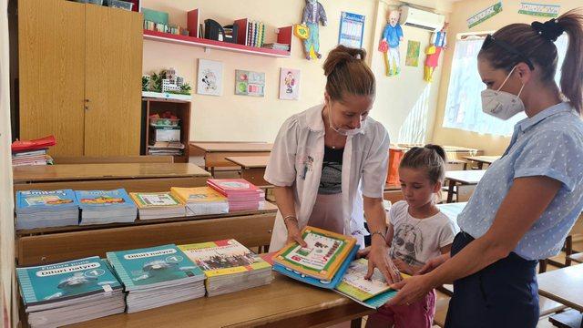Librat shkollorë falas nga klasa e parë në të