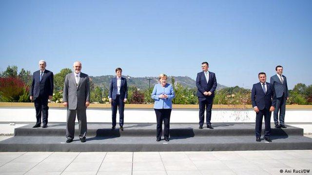 Ballkani drejt pasigurisë pa Merkelin?