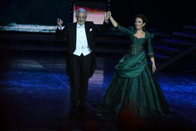 Mbrëmja gala në Tiranë/ Ermonela Jaho dhe Placido Domingo ndezin