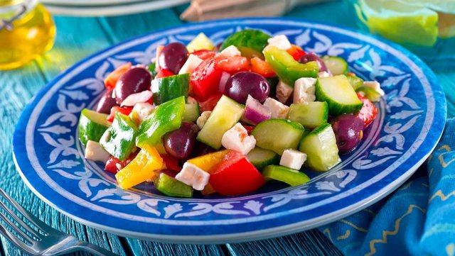 """""""Dieta Ylber""""/ Pse të hash ushqime shumëngjyrëshe"""