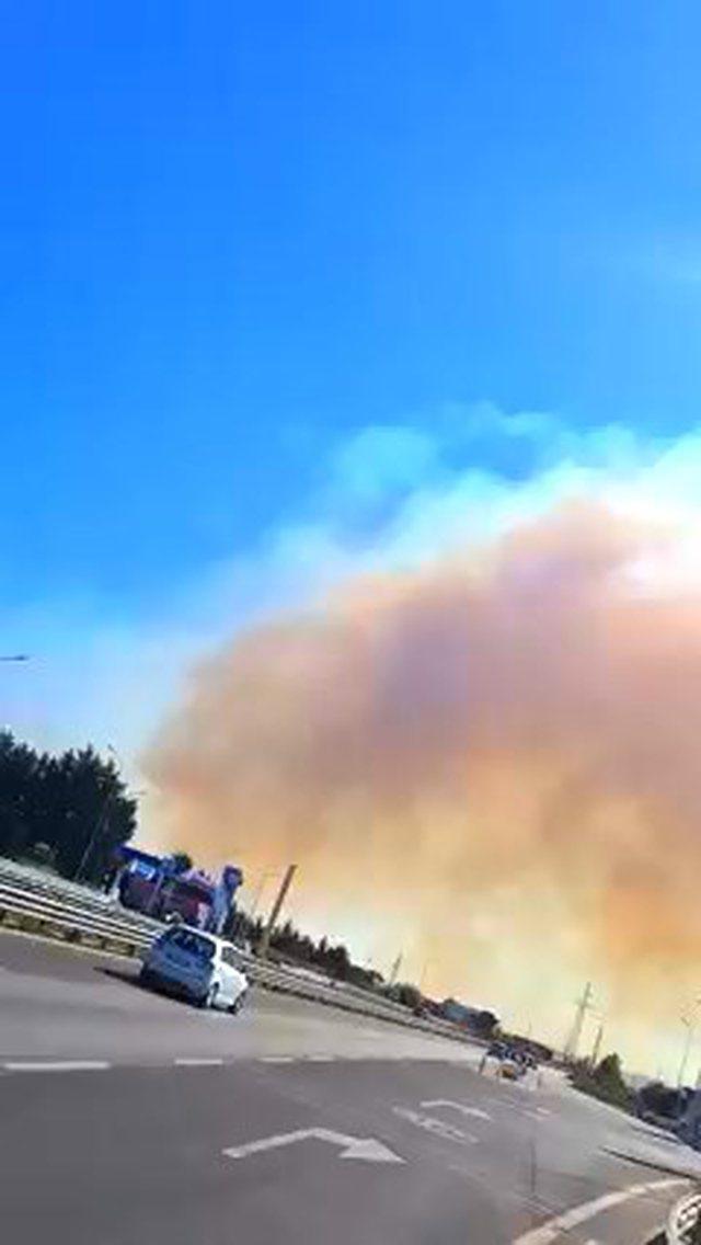 VIDEO/ Zjarr i madh prapa Poligonit në Fier, Baçi: Të