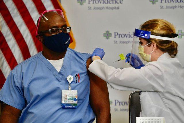 Jo vaksinim të detyrueshëm për besimtarët në SHBA /