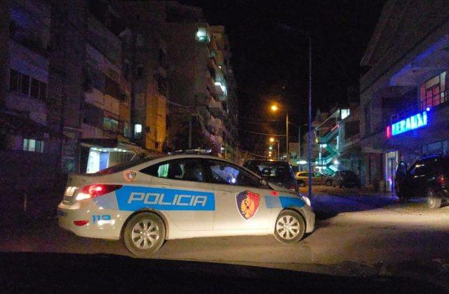 Tronditet Durrësi nga të shtënat, qëllohet një person