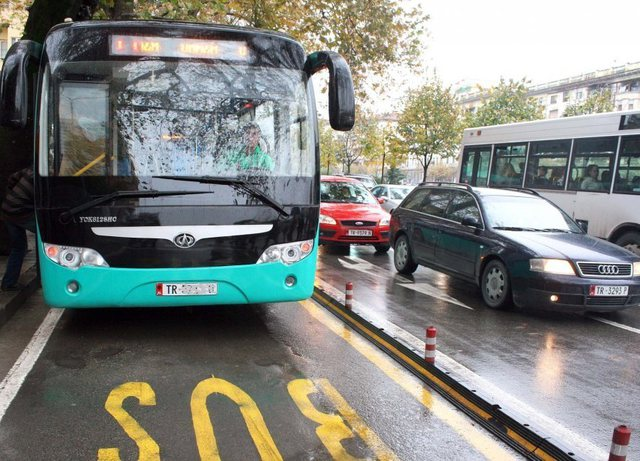 Hiqet për tre muaj aboneja e përgjithshme, Bashkia e Tiranës jep