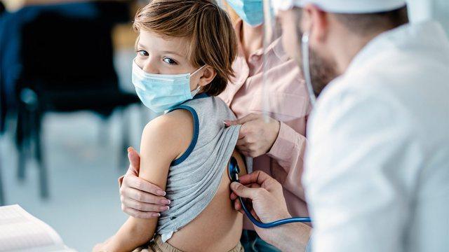 Një e treta e dozës së vaksinës Pfizer mbron