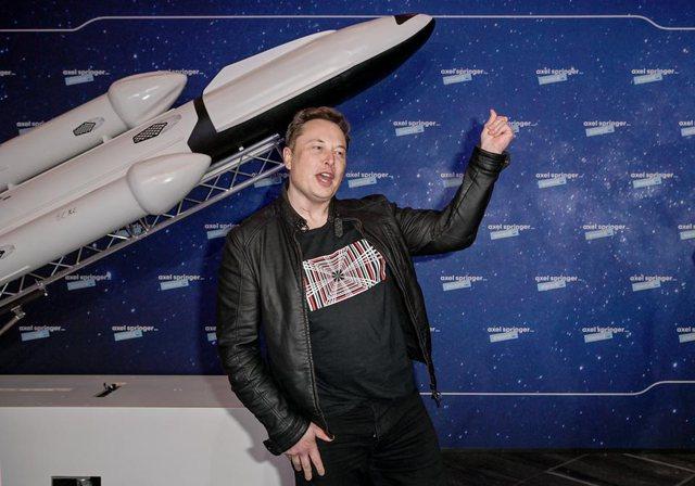 Elon Musk nxjerr njoftimin, ndalon përdorimin e Bitcoin për blerjen e