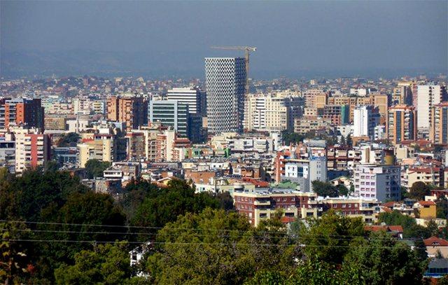 Rritja e frikshme e çmimeve të apartamenteve në Tiranë,