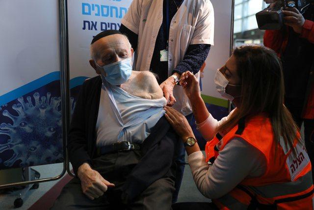 """""""Covid nuk do të largohet"""" / Izraeli po mendon vaksinimin e"""