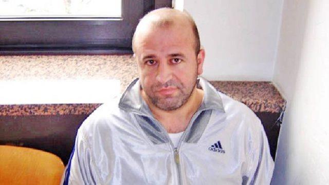 Ia bllokoi OFL, Gjykata i kthen automjetin e blinduar Lulzim Berishës