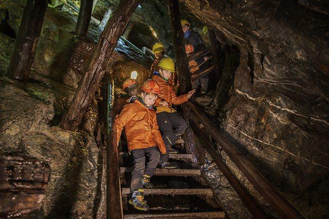 Heqja e taksës së rentës minerare, Meta kthen mbrapsht ligjin: