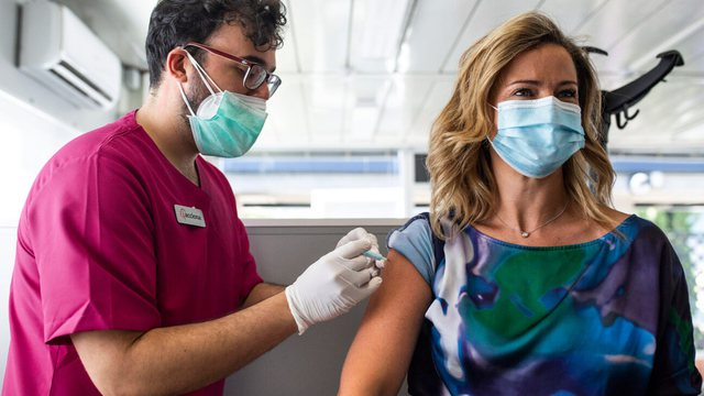 OBSH-ja po monitoron një variant të ri të koronavirusit