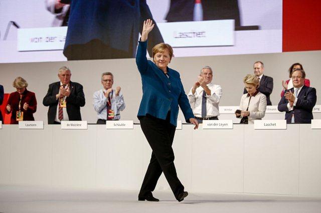 Kryeçështja që Merkel iu shmang në Ballkan