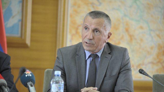 Deputeti shqiptar në Parlamentin serb reagon ashpër:  Beogradi po