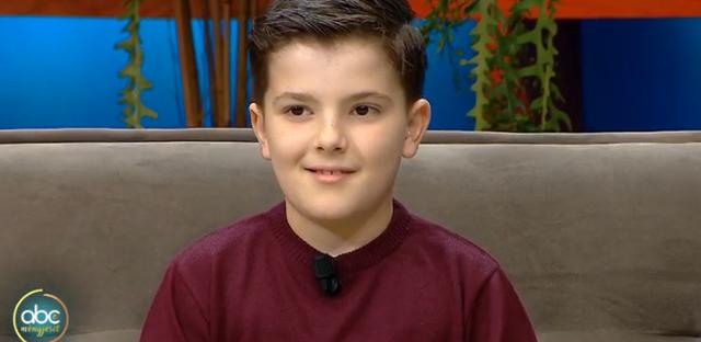 Njihuni me gjeniun, 9-vjeçari që flet katër gjuhë dhe ka