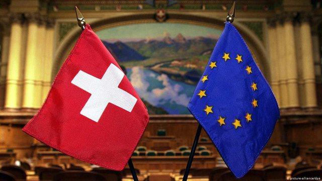 """Zvicra del nga negociatat me BE, Brukseli """"e kërcënon"""":"""
