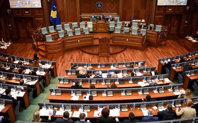 Ekonomia e vendit, debate dhe tensione në Kuvendin e Kosovës