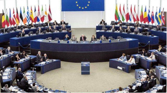 Parlamenti Europian kërkon nisjen e negociatave me Shqipërinë
