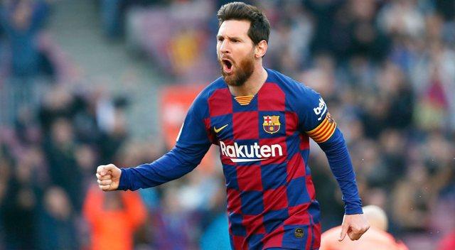 Gjest i veçantë! Messi vendos në ankand këpucët