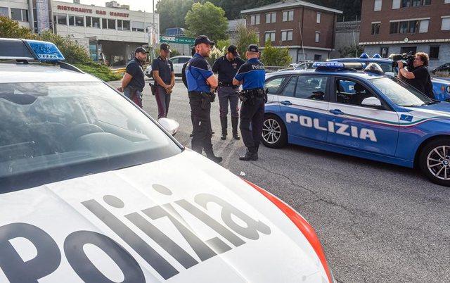 Tentuan të vendosnin kokainë në makinën e shefes, arrestohet