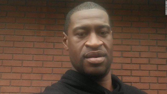 Në SHBA pritet vendimi për ish- policin që vrau George Floyd,