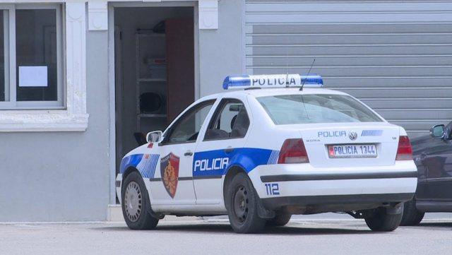 Tiranë, dhunohet dhe grabitet nga 2 persona kambisti te rruga e