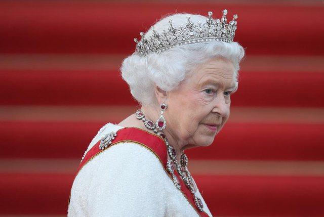 E vetmuar, Mbretëresha Elizabeth feston sot 95 vjetorin e lindjes
