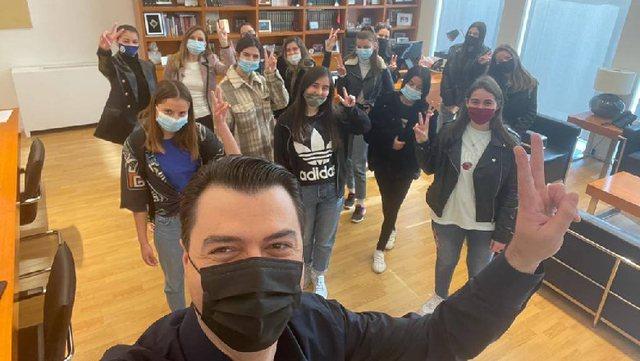Basha në takim me të rinjtë: Ne do t'i fitojmë