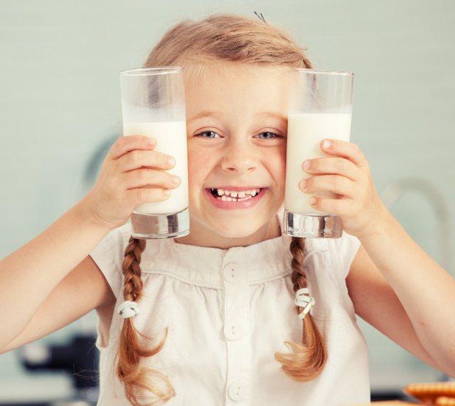 """Konsumimi i tepërt i qumështit të """"vret"""", mjekët"""