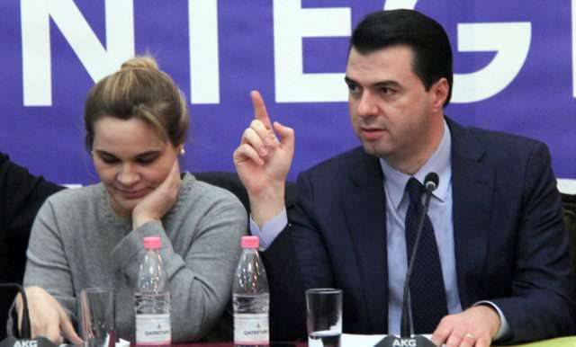 Basha firmos me Kryemadhin për koalicionin paszgjedhor