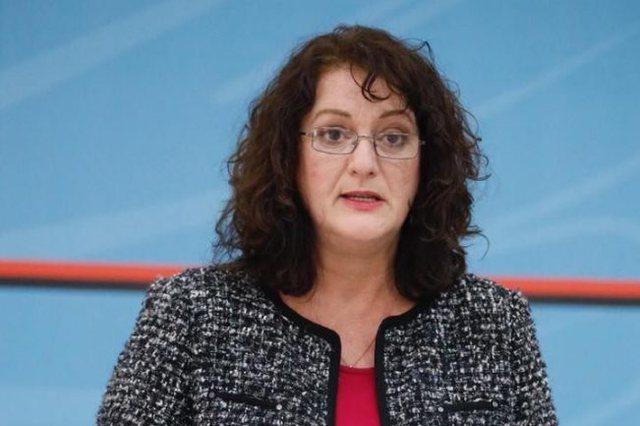 A do të mbyllet Shqipëria të hënën, flet drejtoresha e