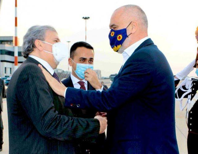 Kryebashkiaku i Barit mirëpret Ramën: Ta kem këtu kryeministrin
