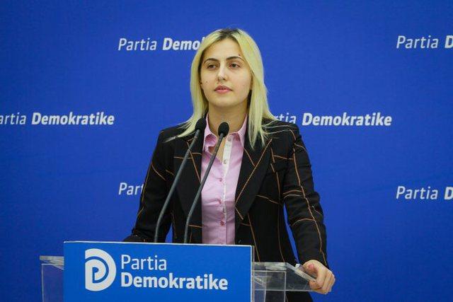 Tridhjetë vjet nga eksodi i shqiptarëve, PD: Tallja e Ramës me