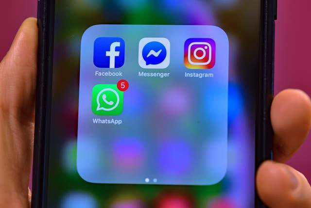 """Rrjetet sociale në """"black out"""" për disa minuta, vjen"""