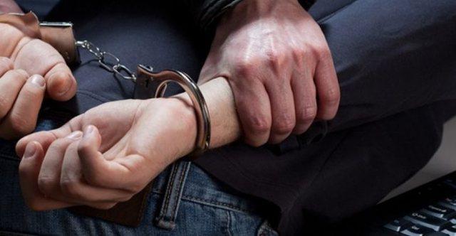 I burgosuri largohet nga vendi i qëndrimit, kapet në flagrancë