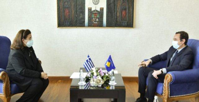 Kurti kërkesë Greqisë: Bashkojuni vendeve që e kanë
