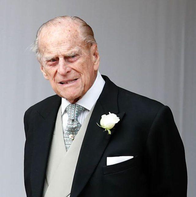 Doli topless në ceremoninë e varrimit të Princit Philip,