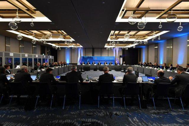 UEFA prezanton formatin e ri për garat e klubeve që nis në