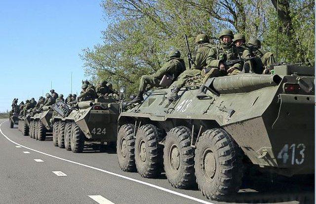 """Rusia """"gati për luftë"""", dërgon 150 mijë"""