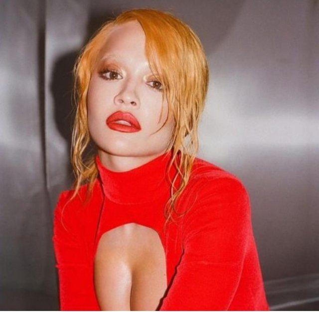 Nuk njihet! Rita Ora bën ndryshimin drastik në pamje