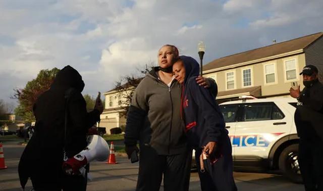 Policia qëllon për vdekje 16-vjeçaren afro-amerikane në