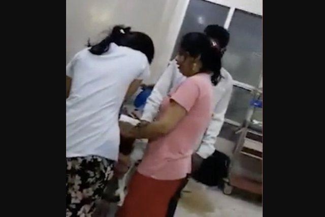 Indi/ Nuk kishte oksigjen në spital, vajza shpëton nënën e