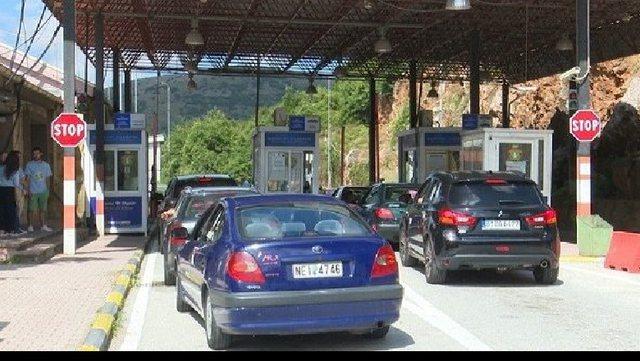 Shqipëria heq karantinën për të ardhurit nga Greqia dhe