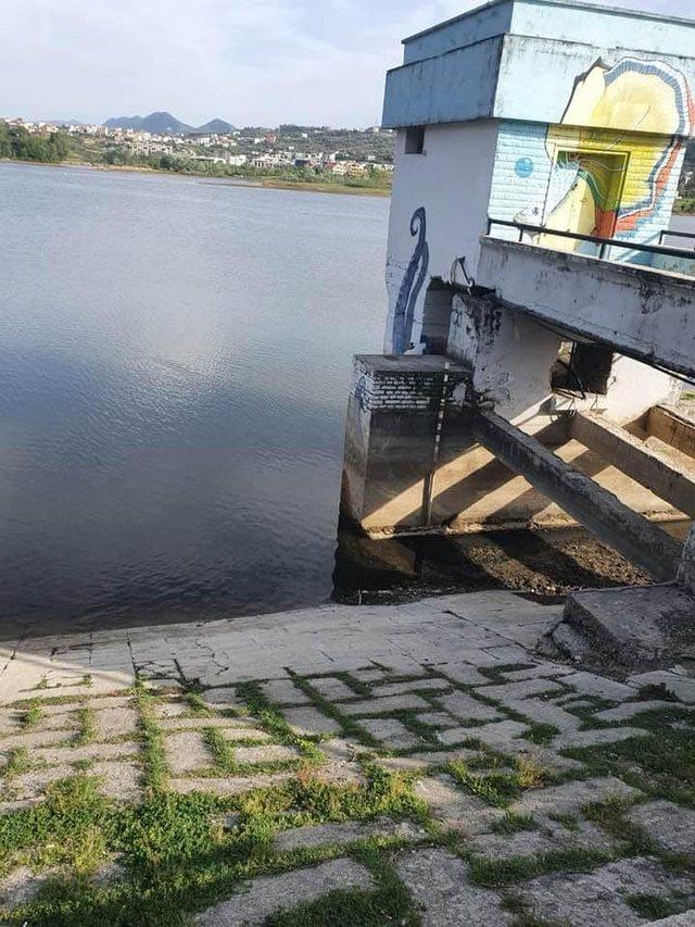"Bashkia e Tiranës than liqenin Artificial, ""uji do zbrazet"","