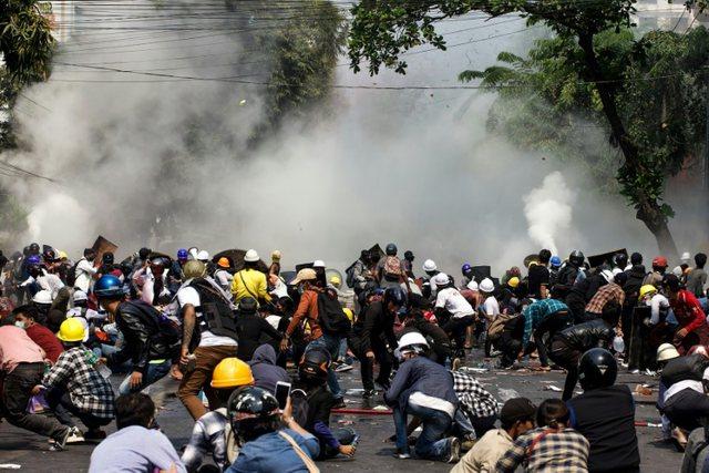 Shkon në 765 numri i protestuesve të vrarë në Mianmar