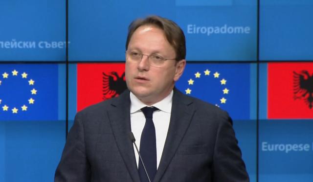 Komisioneri Varhelyi nesër në Tiranë, sjell 145 mijë vaksina