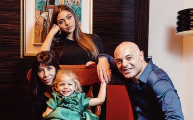 Blendi Fevziu flet për bashkëshorten dhe fëmijët: Bekim i