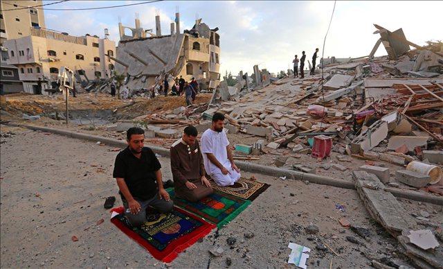 Çdo gjë e shkatërruar, ja si festohet Fitër Bajrami