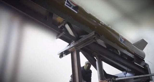 """Hamas-i """"mburret"""" me raketën e re: Qëlluam Izraelin,"""