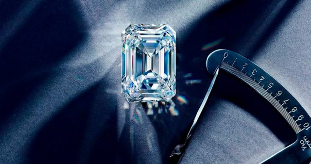 Diamanti më i madh rus shitet në ankand për vlerën